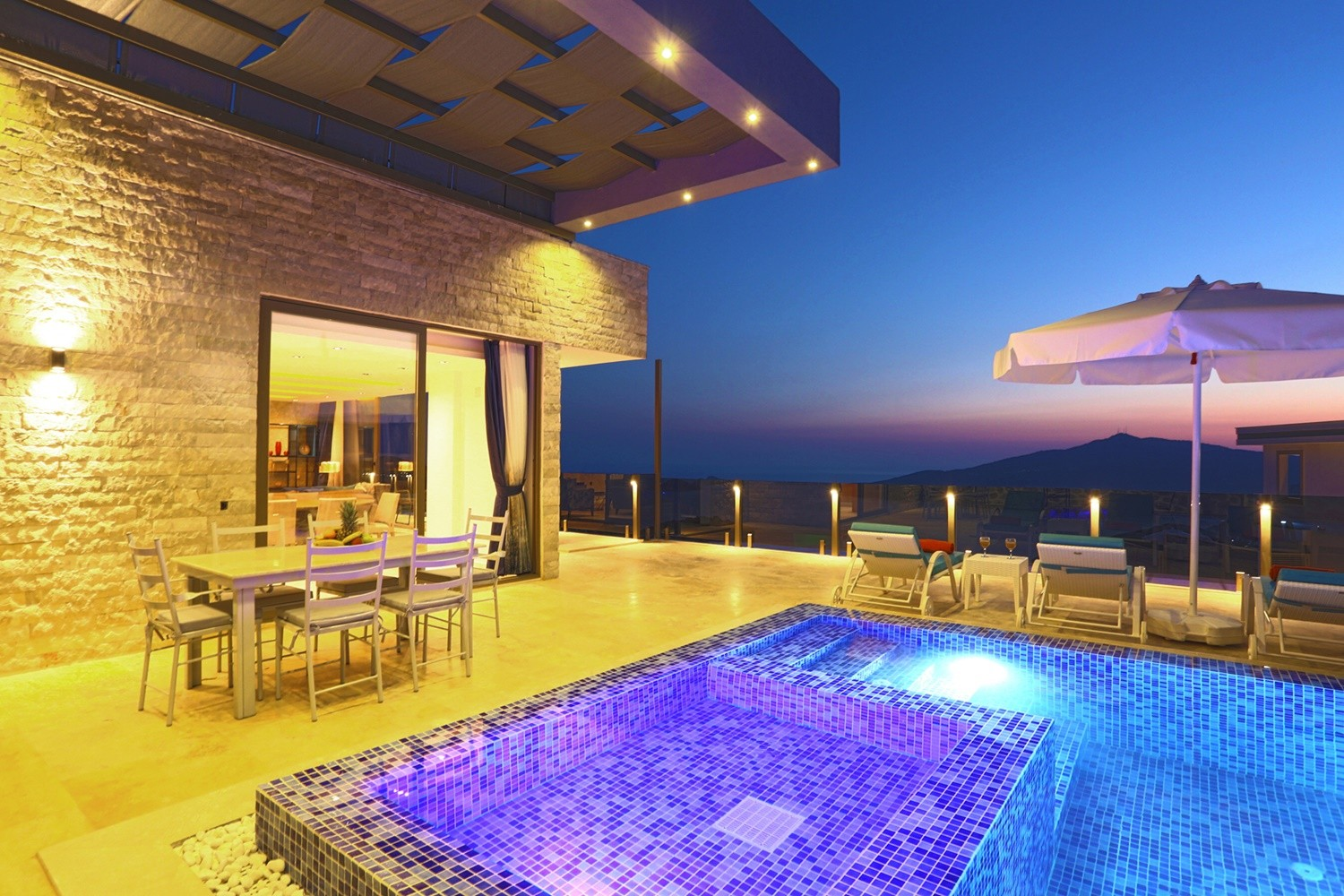 Kalkan Villa White Smith